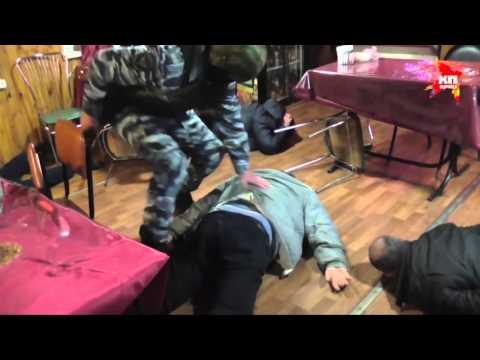 В Подмосковье задержали двух мужчин с оружием и тротилом