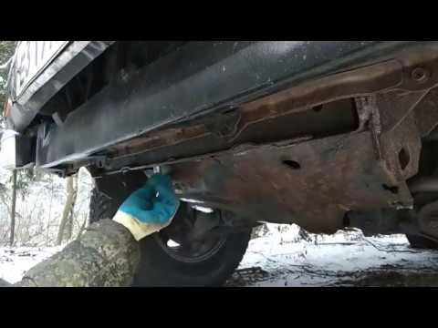 #Nissan#Terrano 1#VG30#WD21 Замена масла в переднем редукторе.