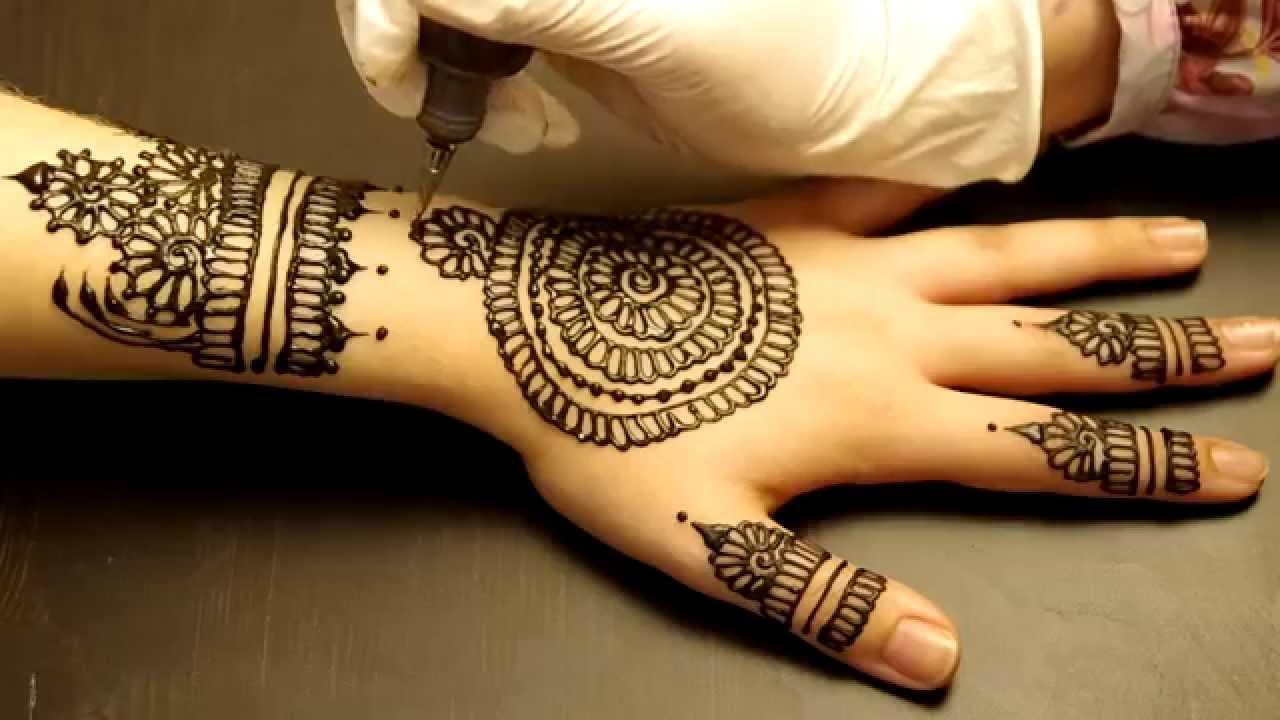 Simple Moon Henna Tattoo