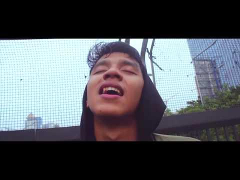 Macbee - Berhenti (Official Video)