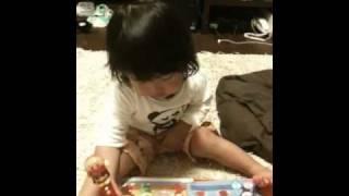 1歳9ヶ月です。 このアンパンマンの教材のおかげでいろいろ覚えました。...