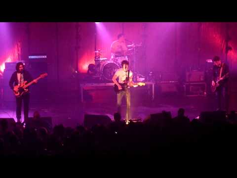 Arctic Monkeys - Suck It And See live @ Olympia / Montréal