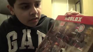 Happy New Year! Unboxing Roblox Classics Exclusive Action Figures