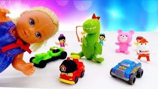 У Штеффі втекли іграшки. Ляльки Барбі: відео для дівчаток з іграшками.