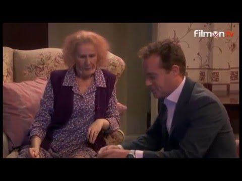 Catherine Tate's Nan - Knees Up Wilmott-Brown