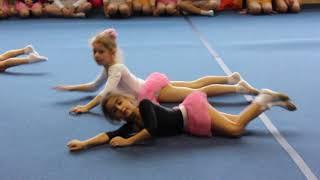 Открытый урок в художественной гимнастике. Показываем что умеем)