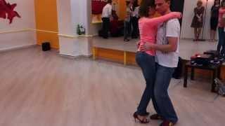 Тарашинья в школе танцев Boombox на уроках кизомбы