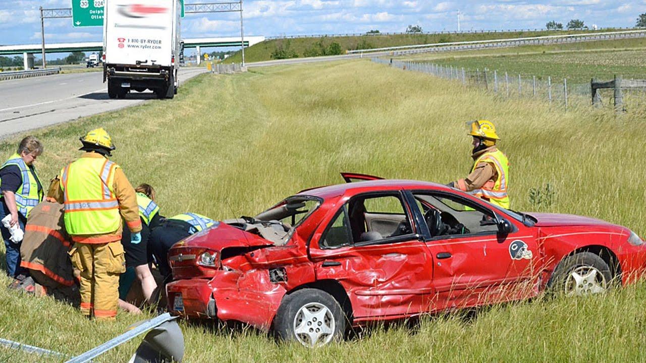 latest car accident of chevrolet cavalier road crash. Black Bedroom Furniture Sets. Home Design Ideas