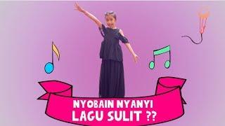 Sanggup Nggak ?!?  Quinn Nyobain Nyanyi Lagu Sulit ??