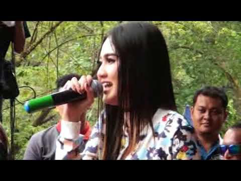 KIMCIL KEPOLEN - NELLA KHARISMA - SEMONGKO MUSIC LIVE at selokambang