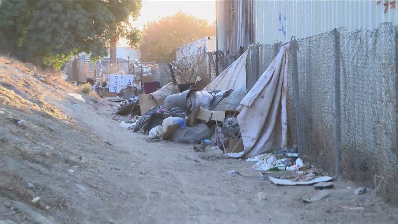 Fresno bakery fed up with homeless camp after fire breaks out, piles of garbage line building