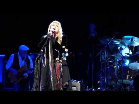 2 The Chain  FLEETWOOD MAC Live Pittsburgh Pa. 4-26-2013 CLUBDOC UP FRONT Consol Energy Center