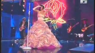 Katy Perry - I Kissed A Girl (Premios MTV latinoamerica 2008)
