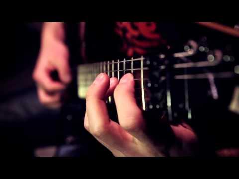Как правильно поставить руки. Уроки игры на гитаре. Постановка левой руки