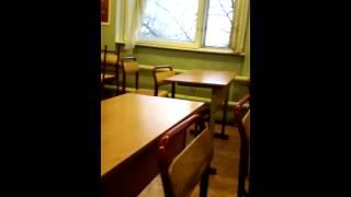 Парень сгоняли в магазин во время урока