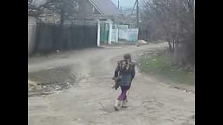 психанула )