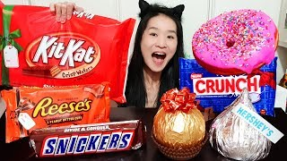 GIANT CHOCOLATE & CANDY BAR FEAST! Hershey's, Kit Kat, Snickers, Reese's Peanut Butter Cup - Mukbang