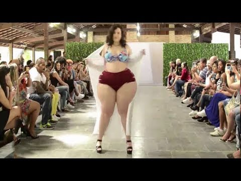 Ladies Fashion Plus Size Lingerie l Big Size Women Fashion Show l Best Moments In Slow Motion .. http://bit.ly/2MFPP4N