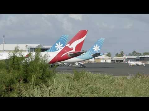 Qantas (VH-EBE). Taking off from Tahiti (NTAA). 09:00AM. 17/07/2017