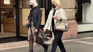 Италия, Суббота, все вышли на прогулку. Как оделись?
