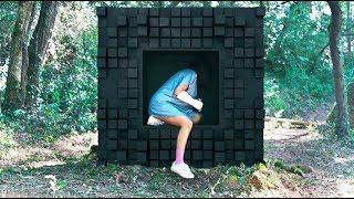 女孩发现一个神秘立方体,里面有一张纸条,内容却让她恐惧!