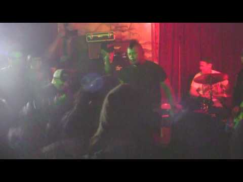 WASTED ONES - WASTED YOUTH - REDWOOD BAR - LOS ANGELES CA - 4/7/2017