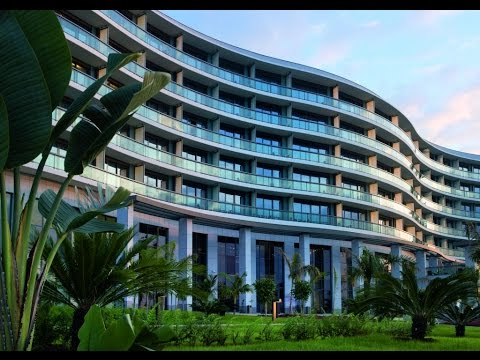 Cities of Equatorial Guinea, Malabo , buildings,park ,leisur­e, tourism, history, women