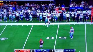Rico Gathers crazy grab, RIPS IT OUT OF DEFENDERS HANDS - Dallas Cowboys vs Cincinnati Bengals NFL
