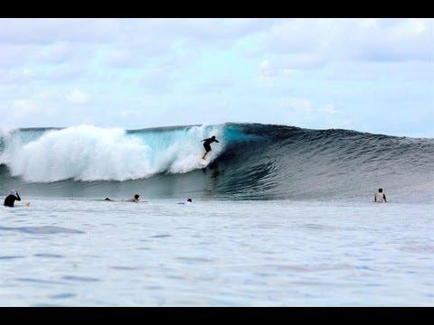 B I G Thunders HD | Surfing Mentawais, Indonesia surf spots - WavesSomewhere.com