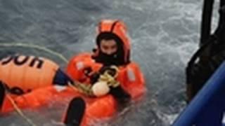 Deadliest Catch - Scary Sea Transfer | Bering Sea Swim Club