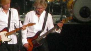 Rare version of Slide Zone by the Moody Blues, in concert like you have never heard it before!