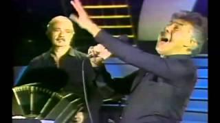 Tangos Clásicos - Balada Para un Loco - Raúl Lavié y Astor Piazzolla.