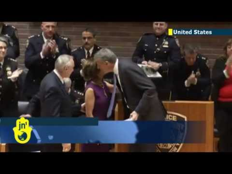 Bill Bratton sworn in as NYC police commissioner: Bratton to end 'stop-and-frisk' racial profiling