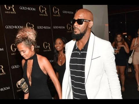 "R Kelly accused of grooming 14-yr olds to be his ""pets"""