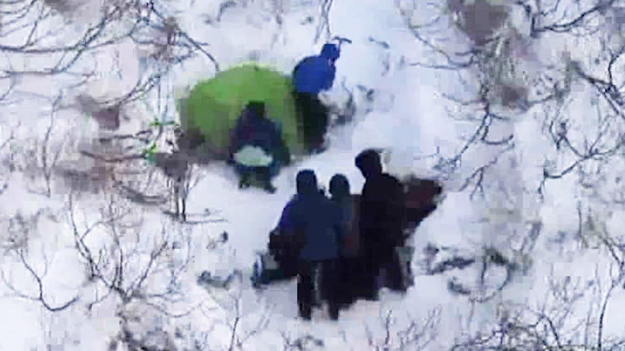 大雪山系旭岳の男女4人遭難、全...