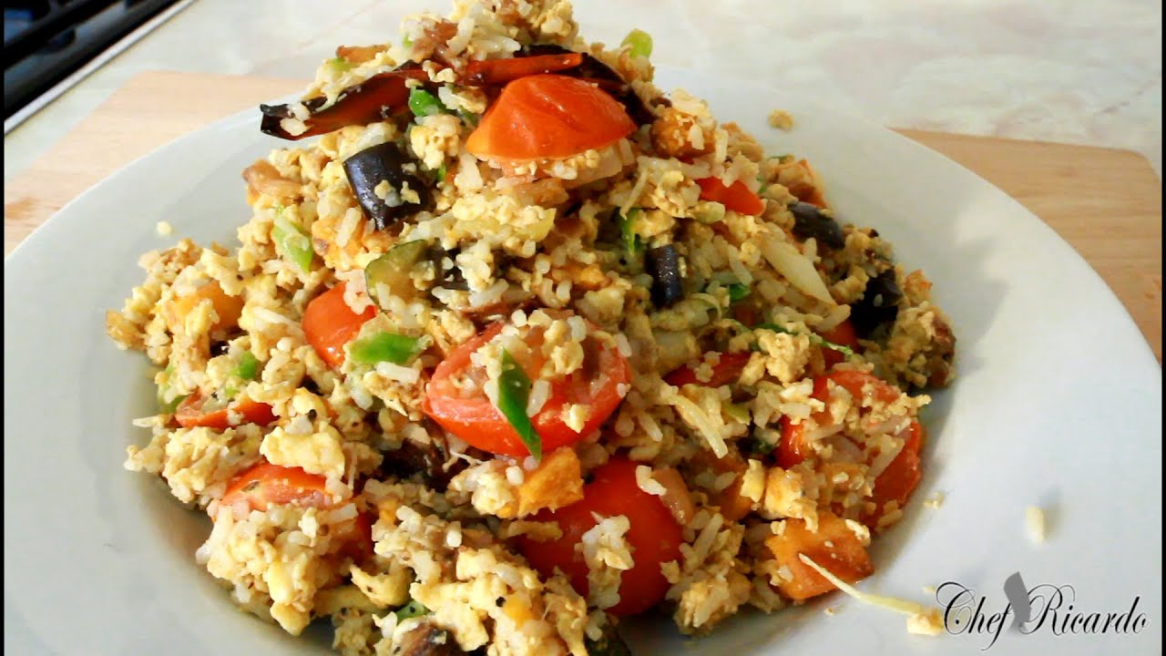 delicious vegetable egg fried rice  jamaican chef