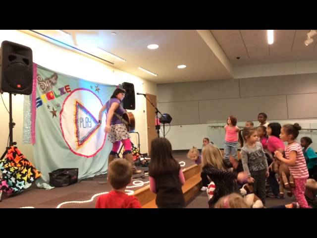 Super Stolie live at Fountaindale Public Library, 11/11/14