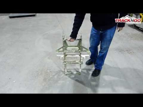 4.7) HOW TO FOLD AND UNFOLD THE LOADING RAMPS