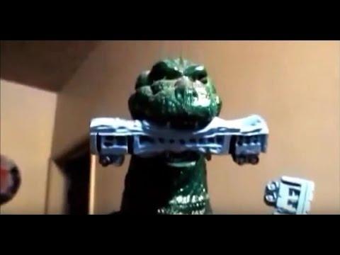 Godzilla Model Kit Build Up Built Japanese Monster Movie Fight Green Blue Oyster Cult Lizard