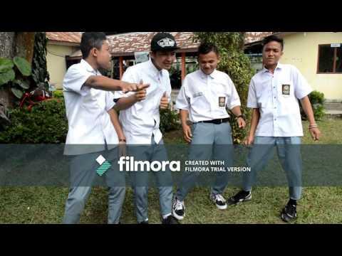 Tugas sekolah simpel  ( Fresh Boy Ft. Blasta Rap Family - Turun Naik Oles Trus) by SMKN 1