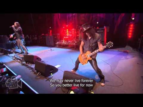 Slash ft Myles Kennedy & The Conspirators-Halo Live lyrics HD