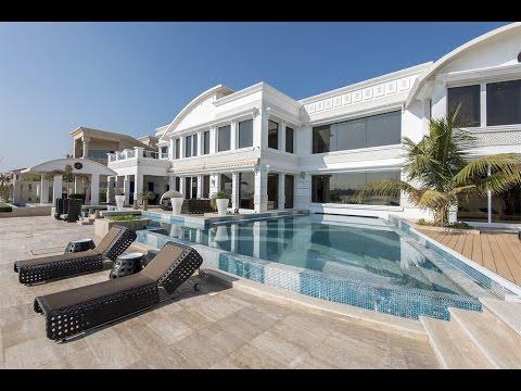 Grand Beachfront Villa in Dubai, United Arab Emirates