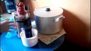 Томатный сок в соковыжималке Phillips HR-1866 (заготовка на зиму)