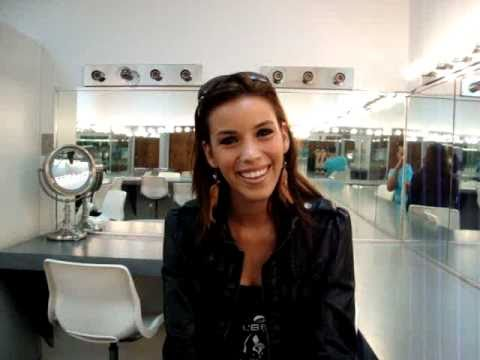 Giovanna Raquel Lopez - Miss San Lorenzo Universe 2011 Greets HJ BLOG Fans!