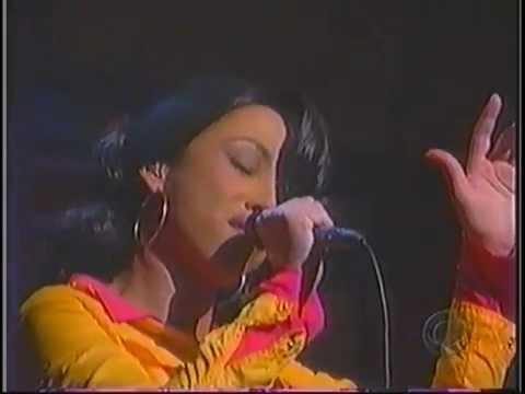 Sade performs