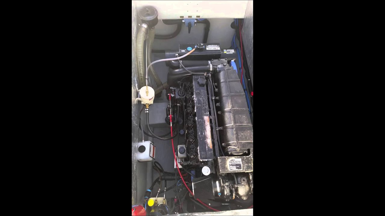 mercruiser d4 2 diesel engine youtube rh youtube com Mercruiser Alpha One Outdrive
