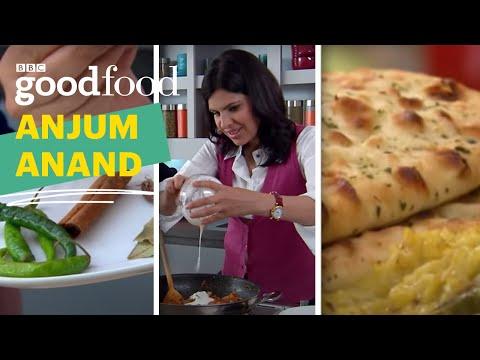 Savoury semolina cake recipe indian food made easy bbc food savoury semolina cake recipe indian food made easy bbc food forumfinder Gallery