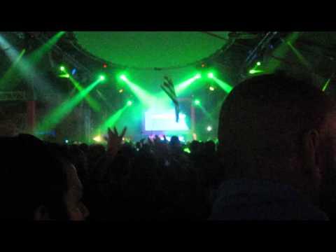 The XX-Tides (Dixon) & Unders-Evenin Feelin (Edu Imbernon) by Hernan Cattaneo @ Balaton Sound 2013