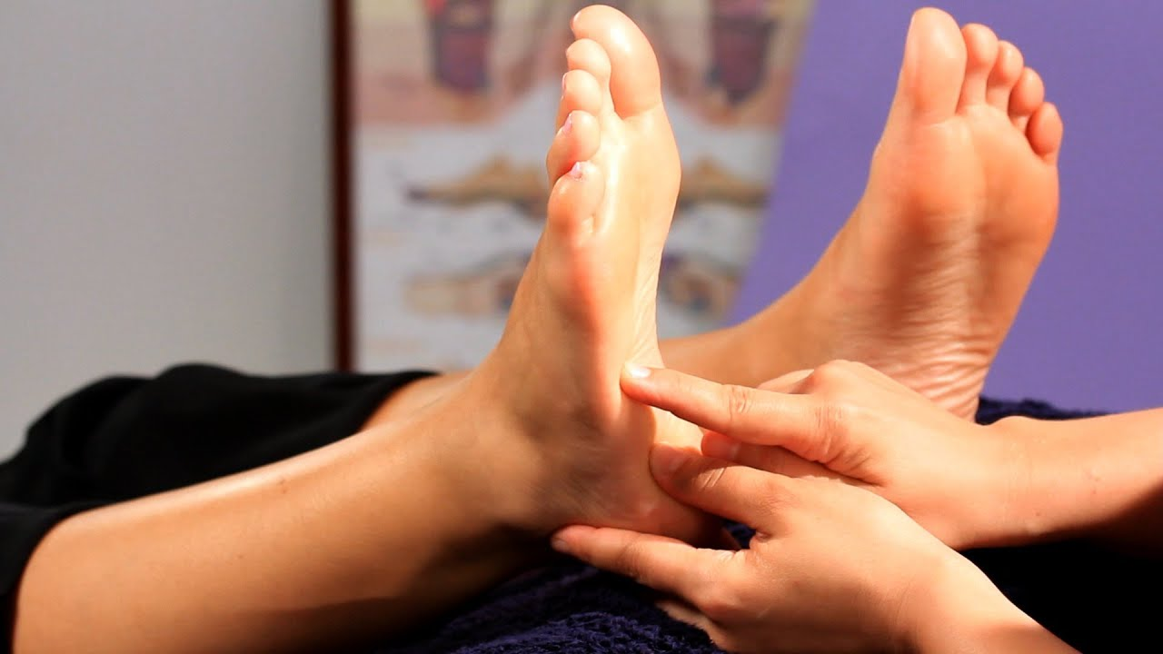 How To Relieve Constipation Reflexology Youtube