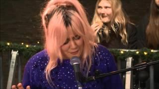 Maja Francis - Space Invades my Mind (Live @ Musikhjälpen 2015)